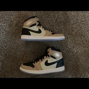 Jordan 1 Retro High Mushroom Sizs 8.5W/7M NEW